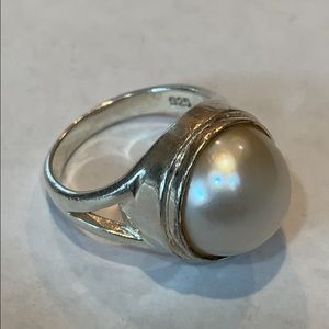 Sterling silver 925 pearl ring 6.75